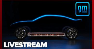 GM talks up an electrifying future at CES 2021