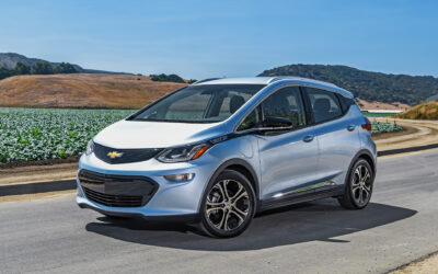 GM asks Chevy Bolt EV drivers to park 50 feet from other vehicles, due to fire risk